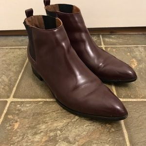 Gap Burgundy Chelsea Boot